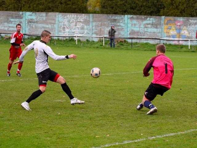 Futbal, 6. liga: Zeleneč vyhral nad Siladicami, Špačince si poradili s Majcichovom