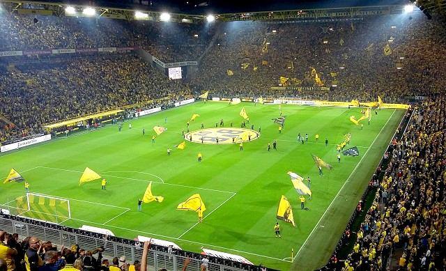 Máte doma futbalového fanúšika? Doprajte mu zážitok na Bundeslige