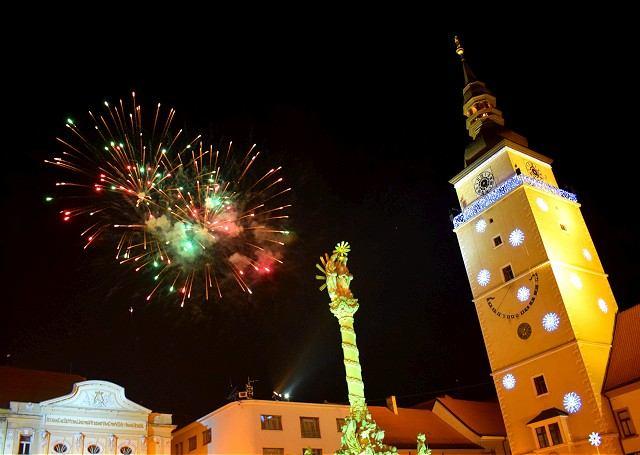 FOTO: V Trnave odpálili prvý silvestrovský ohňostroj