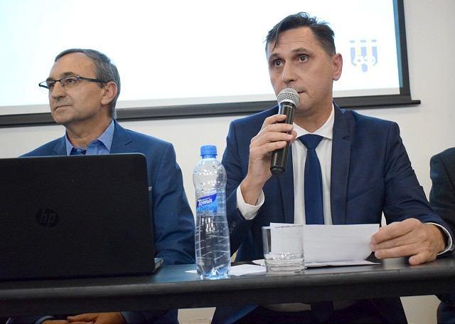 Vladimír Hracho hovoril o telefonáte s Kováčikom, kritikoch aj o možnej podpore Gádošiho