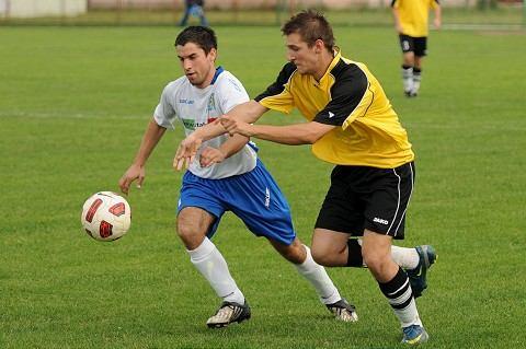 Futbal, OSB: Dvorníky len remizovali, využili to Sokolovce