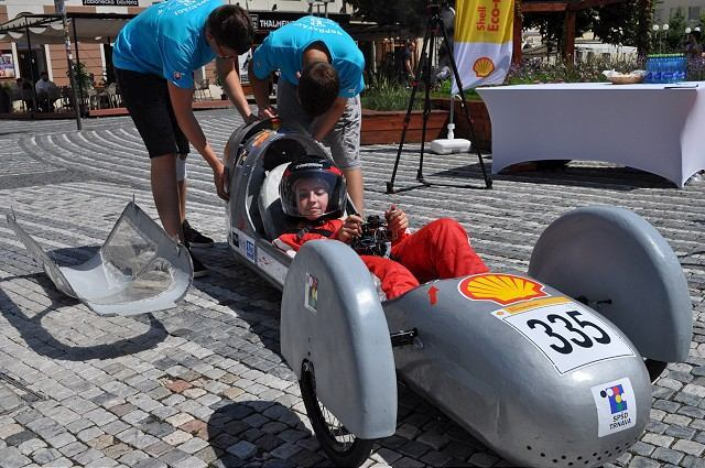 Stredoškoláci z Trnavy prešli v Londýne na svojom elektromobile 176 kilometrov