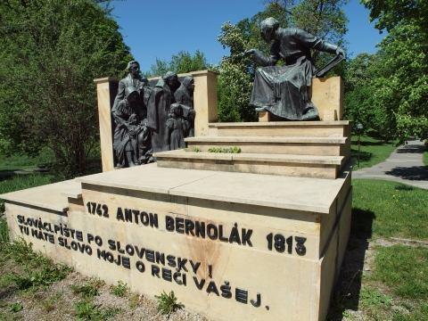 Sochár Ján Koniarek: Bol to pravý umelec stvorený Bohom
