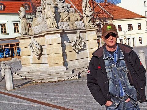 Spevák Allan Mikušek má päťdesiatku, k jubileu chystá koncert