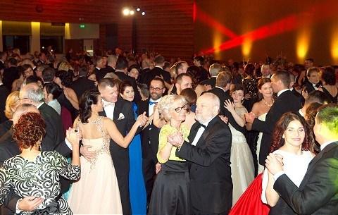 Mestský ples bude v závere februára, vystúpia aj Švidraňová a Adamec