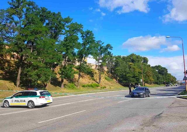 Tragická nehoda na Hlbokej: Opitý vodič nerešpektoval červenú a usmrtil chodkyňu