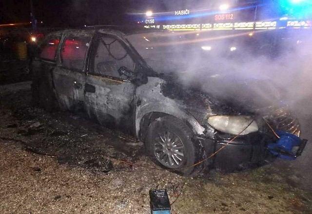 V Šulekove zhorel osobný automobil
