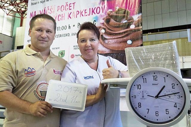 Cukrári z Majcichova vytvorili rekord, ašpirujú na zápis do Guinessovej knihy