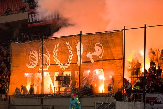 Spartak stanovil na zápas s Pohroním vstup za euro, permanentkárov čaká nápoj zdarma