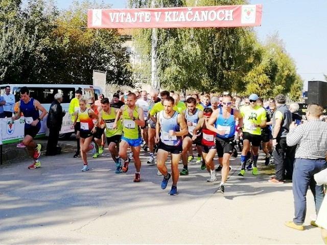 V nedeľu pobežia v Kľačanoch aj obhajcovia prvenstva Pelikán a Kovalančíková