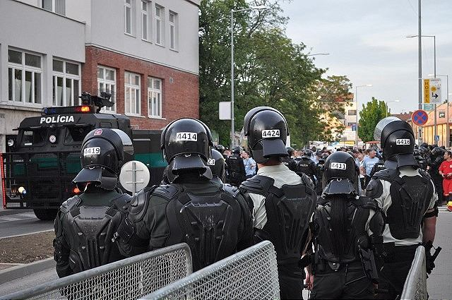 V Trnave pre futbalový zápas Spartak – Slovan uzatvoria Kollárovu ulicu