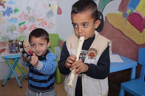 Šance rómskych detí na vzdelanie sa vďaka centru Koburgovo zvyšujú