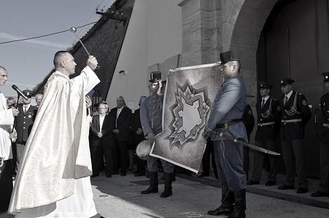 RETRO: V Leopoldove začala výstavba pevnosti, v Trnave založili spolok so silnou tradíciou