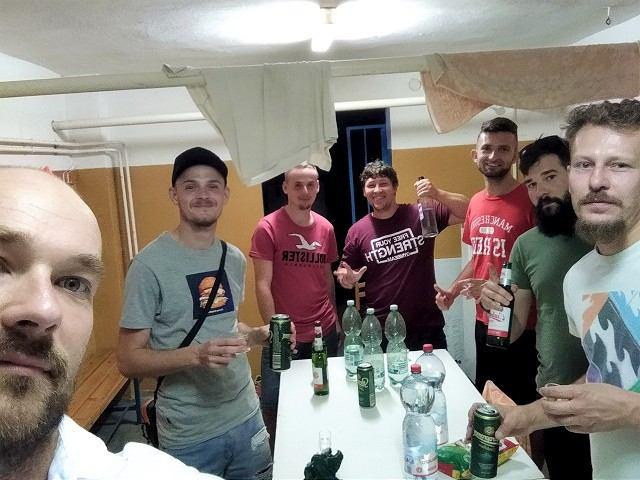 Futbal, 8. liga B: Dolný Lopašov vyhral derby v Šterusoch