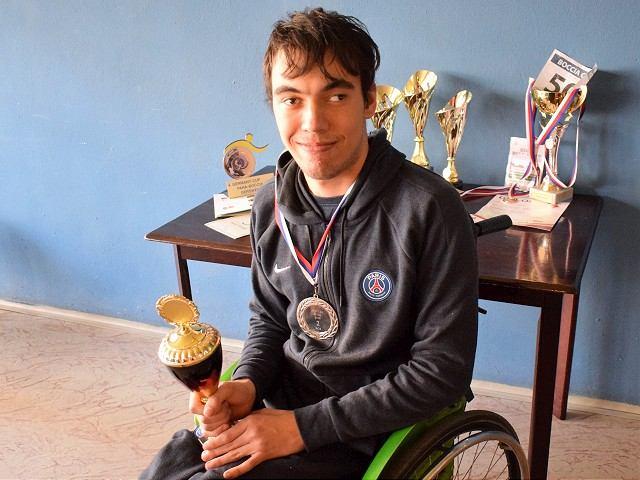 Futbal pre kamaráta: Peter si cestu k športu našiel napriek zdravotným problémom