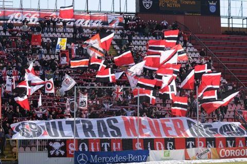 Stanovisko futbalových fanúšikov k vládnemu príspevku na štadióny