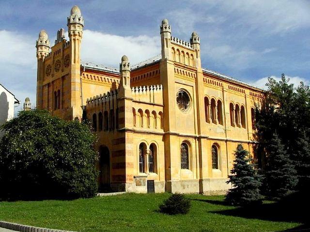 Ministerstvo prispelo na opravu synagógy vo Vrbovom, peniaze všetky náklady nepokryjú